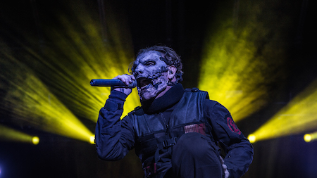 Slipknot's Corey Taylor performing at LOUDER THAN LIFE, photo by Andrew FOre